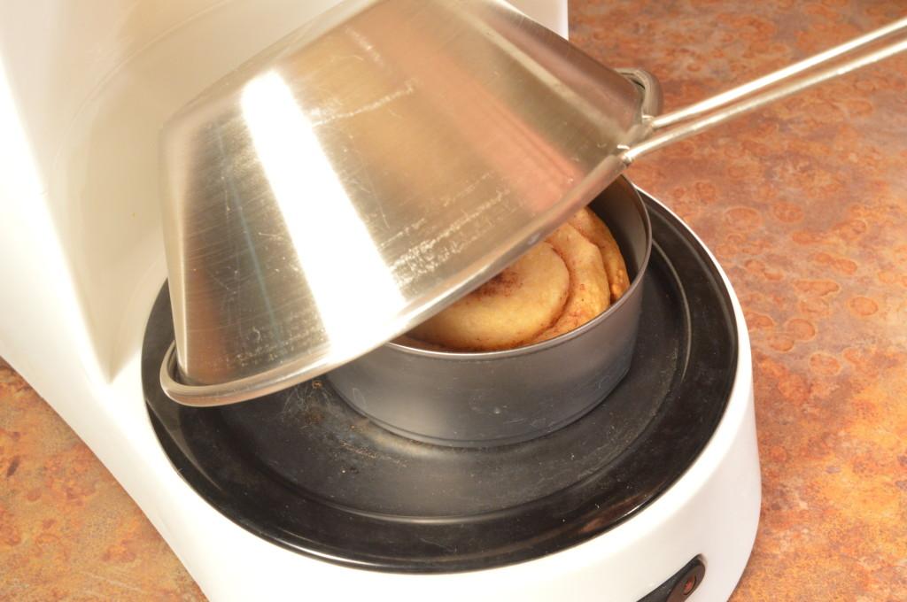 CinamonRoll Oven2 1038